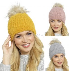 GL592 Chenille Brushed Yarn Bobble Hats